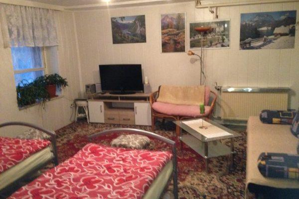 Wohnung1_im-Haus_Blick-vom-Flur